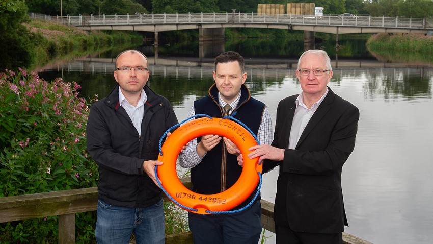 Image of Cllrs and Scott Mason Showing New Lifebuoy Ring