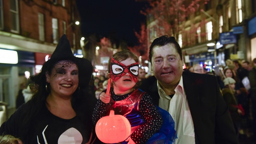 Halloween Parade, Family Pose
