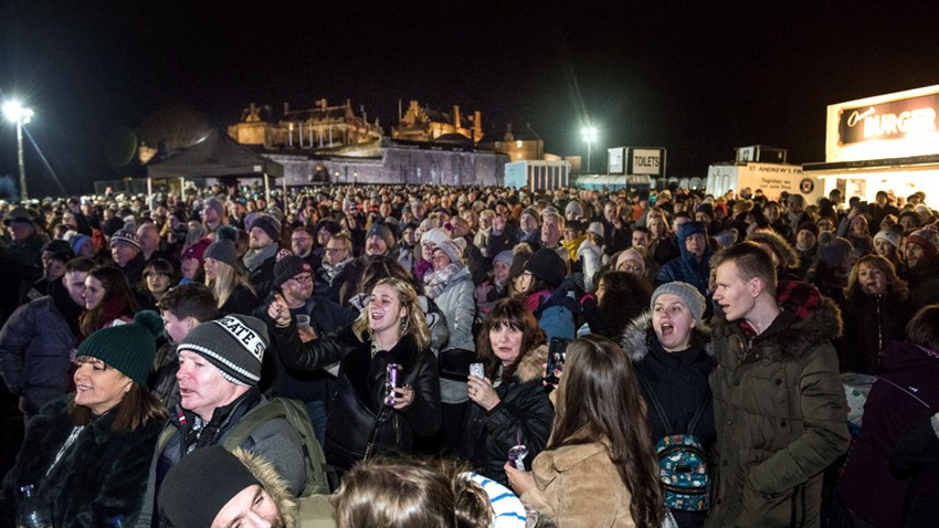 Image of Stirling Hogmanay Crowds