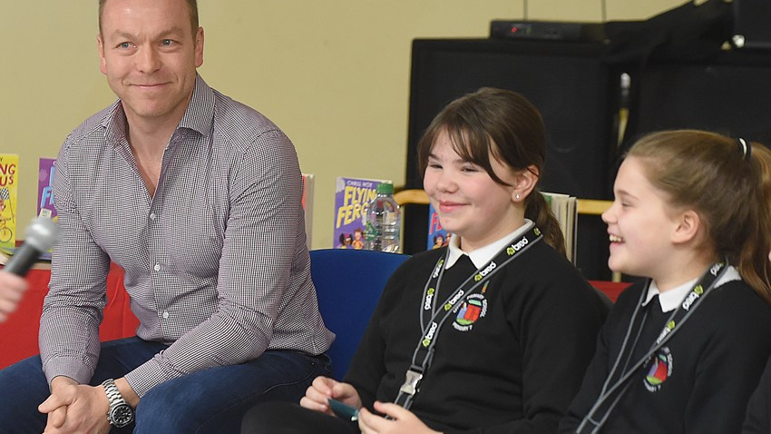 Image of Chris Hoy Talking with School Children