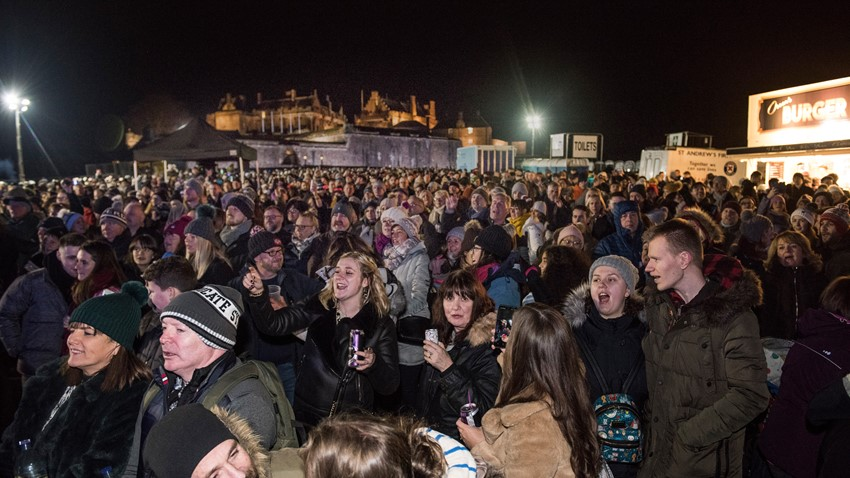 Image of Crowd enjoying Stirling's Hogmanay 2019