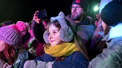 Girl entertained at Stirling's Hogmanay